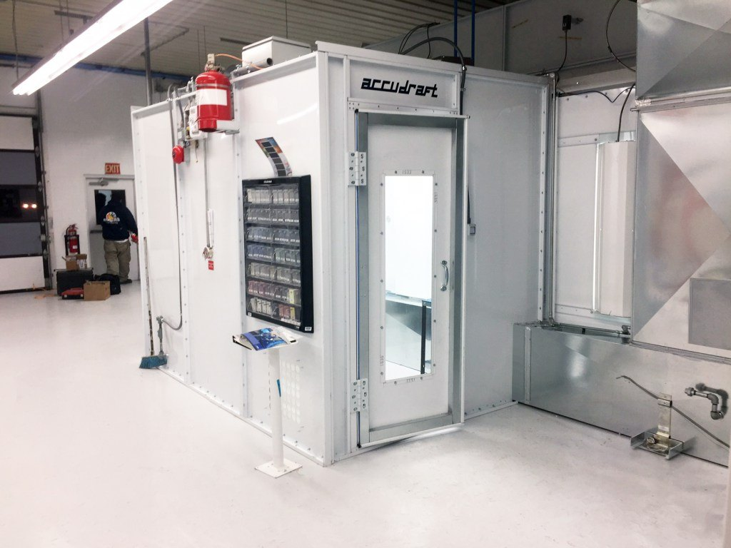 accudraft-pro-series-paint-mixing-room.jpg